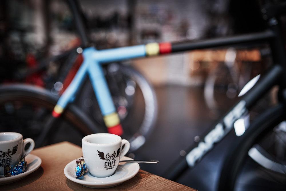 Caderno Especial: Cafeína para os ciclistas