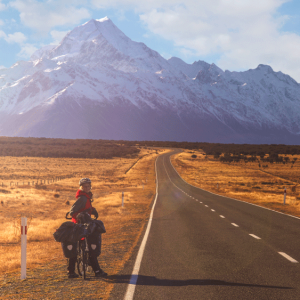 Cycling-holiday-cycling-towards-mount-cook